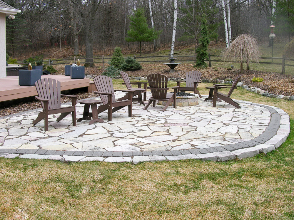 The owner's existing patio before we replaced it